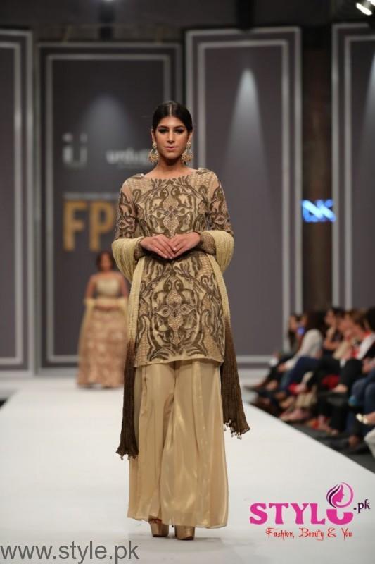 Natasha Kamal's Dresses at Fashion Pakistan Week 2016 (5)