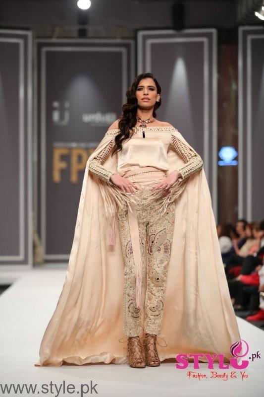 Shehla Chatoor Fashion Pakistan Week 2016 Day 2 (4)