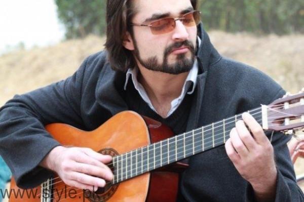 Hamza Ali Abbasi Old Photo
