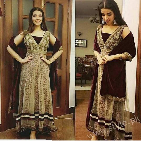 Hareem Farooq at her friend's Wedding (8)