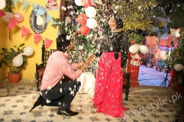 Yasra Rizvi's Engagement Pictures (6)
