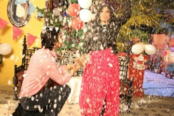 Yasra Rizvi's Engagement Pictures (7)
