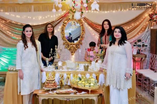 Celebrities at Javeria Saud's daughter Jannat Saud's Birthday Party (10)