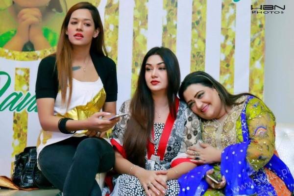 Celebrities at Javeria Saud's daughter Jannat Saud's Birthday Party (13)