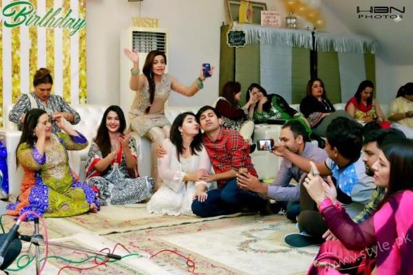 Celebrities at Javeria Saud's daughter Jannat Saud's Birthday Party (17)