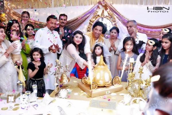 Celebrities at Javeria Saud's daughter Jannat Saud's Birthday Party (36)