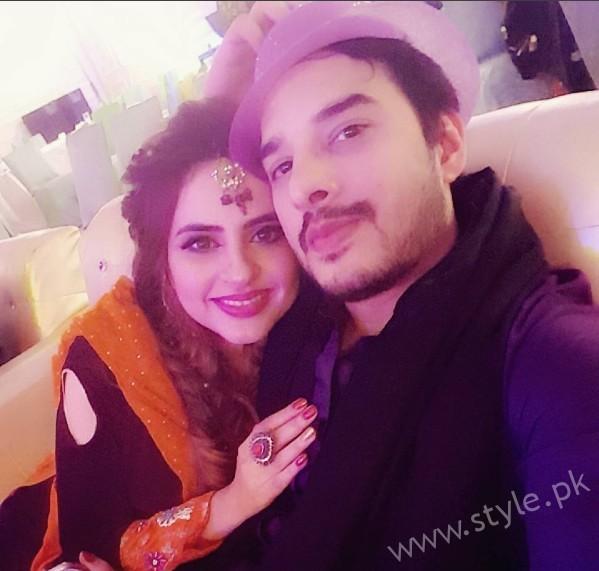 Fatima Effendi and Kanwar Arsalan at a Friend's Wedding (4)