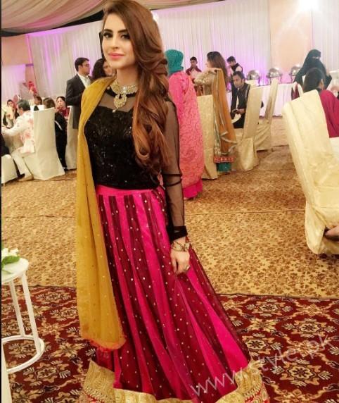 Fatima Effendi and Kanwar Arsalan at a Friend's Wedding (5)