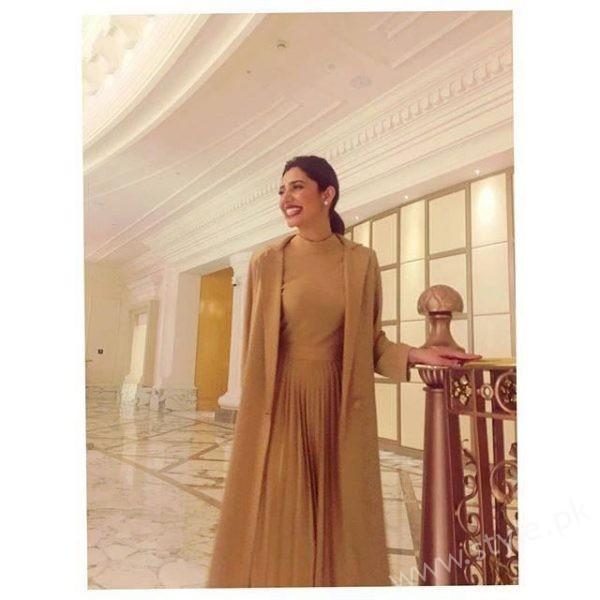 Mahira Khan Raees Dubai Promotions