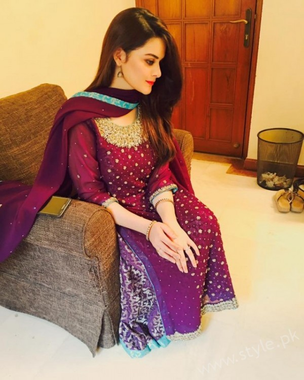 Minal Khan's Profile, Pictures and Dramas (12)