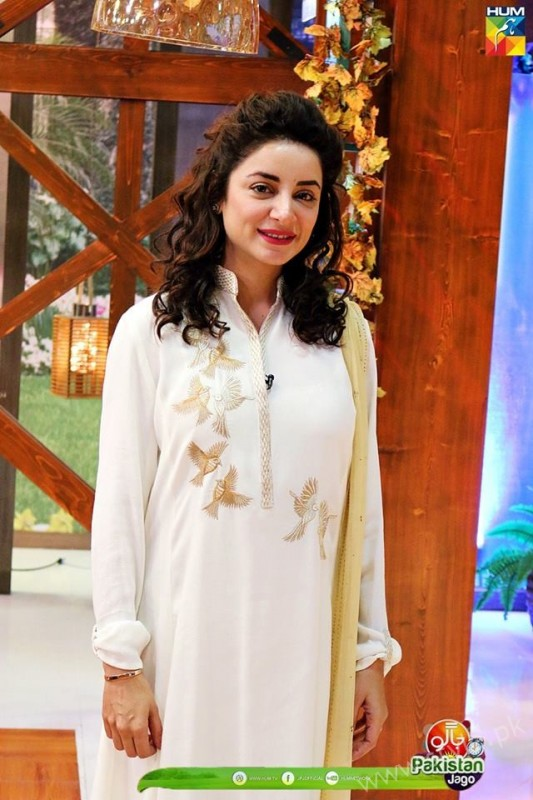 Mommy to be Sarwat Gillani gives Major Style Goals (15)