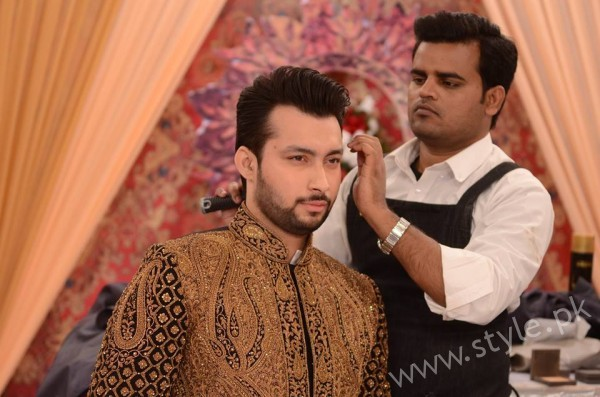 Pakistani Bride's and Groom's Fashion Trends (13)