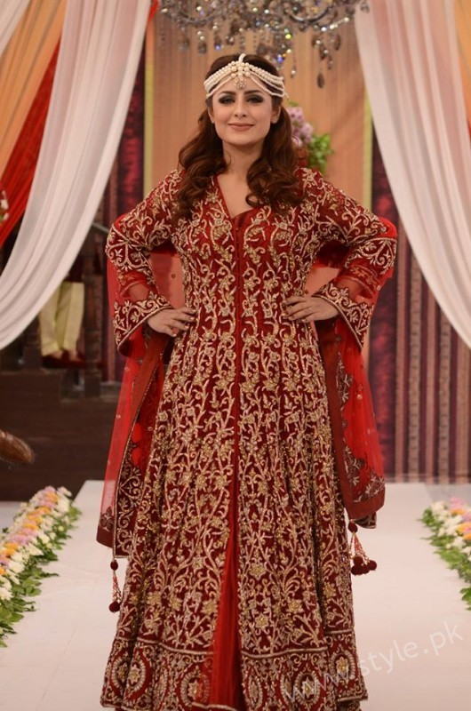 Pakistani Bride's and Groom's Fashion Trends (5)