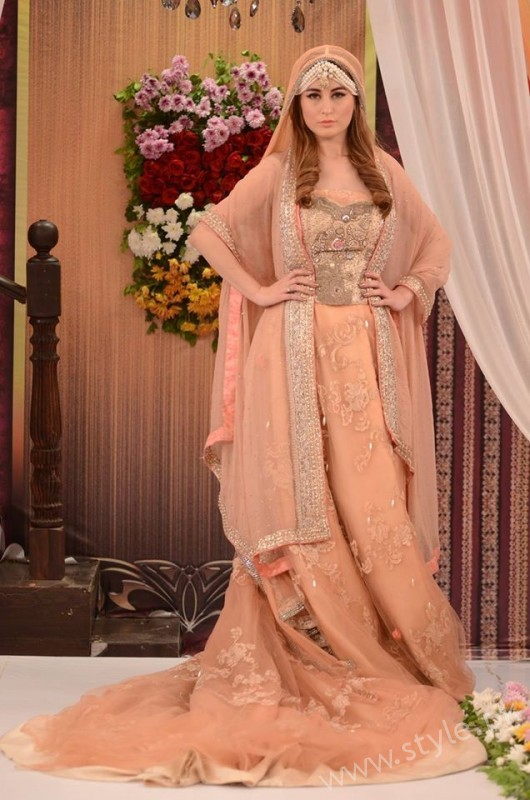 Pakistani Bride's and Groom's Fashion Trends (7)