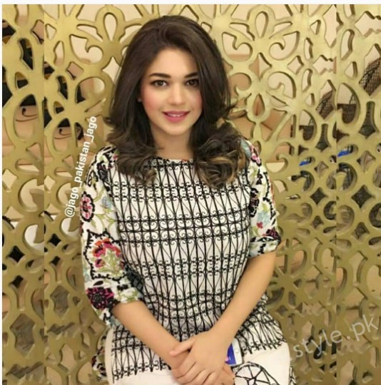 Sanam Jung Fresh Look After Delivery (1)