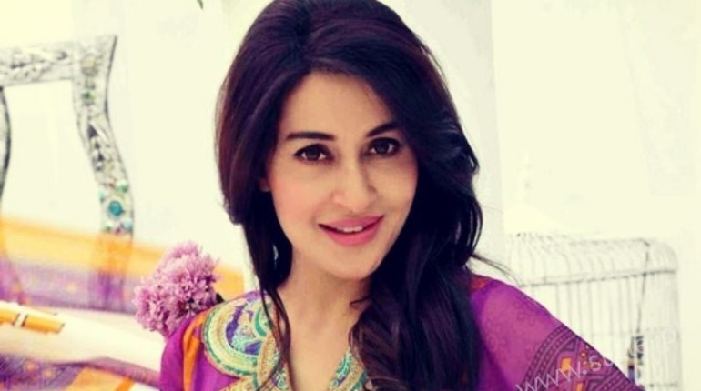 See Shaista Lodhi is once again making her come back on GEO TV