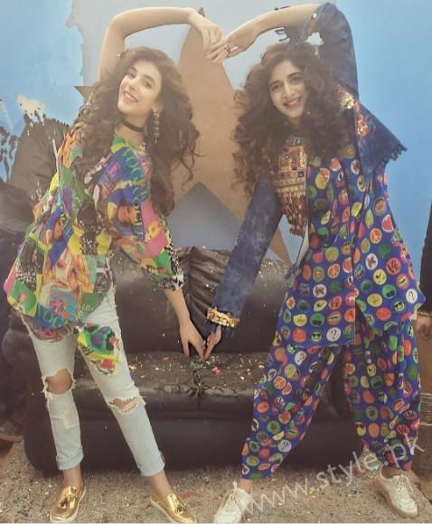 Urwa Hocane and Mawra Hocane's Photoshoot for Rang Ja (15)