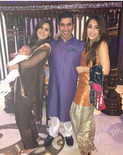 Ushna Shah at her Friend's Wedding (10)