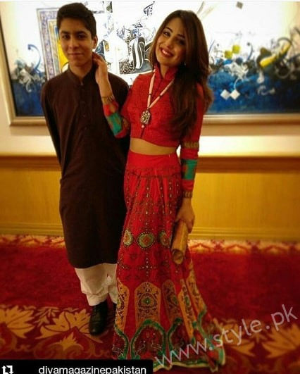 Ushna Shah at her Friend's Wedding (4)