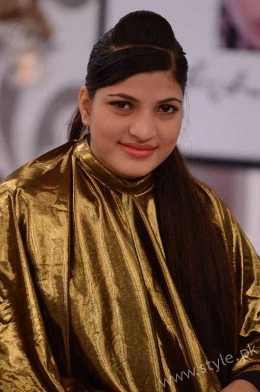 Waqar Hussain Makeup Class Good Morning Pakistan (5)