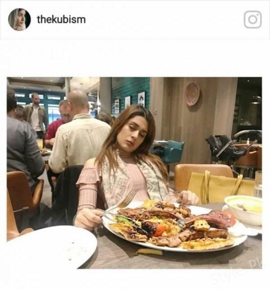 Kubra Khan Gives Us Birthday Celebration Goals