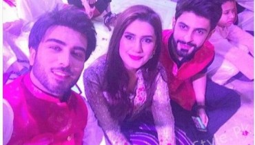 Super Star Imran Abbas And Kubra Khan Dance Together