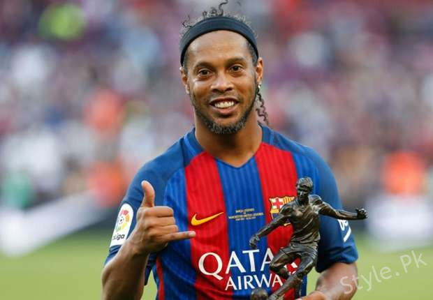 see Ronaldinho To Work First Time In The Pakistani Movie!