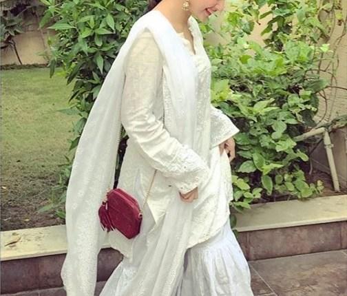 See Sajal Ali's Desi Look in Traditional Dress
