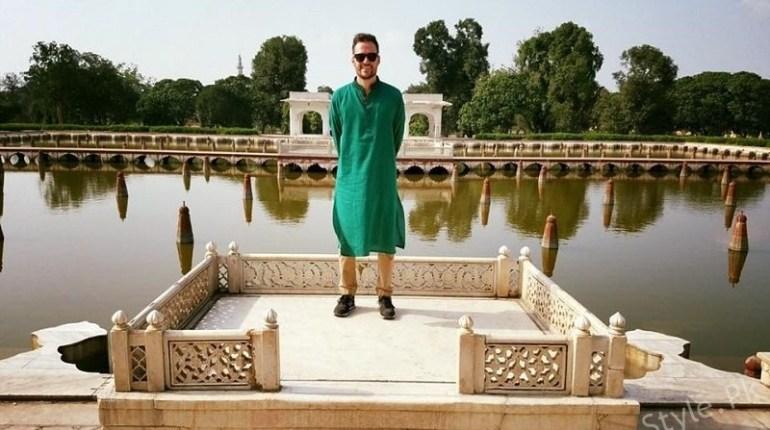 Jeremy Mclellan Wishes His Muslim Friends On Eid ul Azha