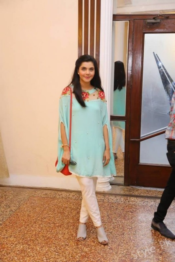 Nida Yasir with her Kids Spotted at an Event