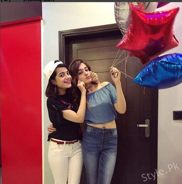 See Sumbul Iqbal Celebrated her Birthday Yesterday