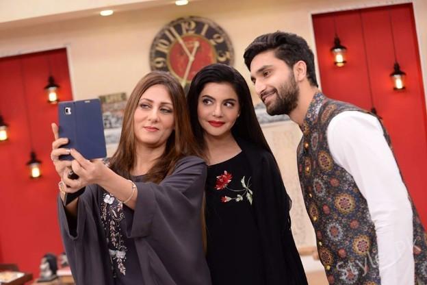 Ahad Raza Mir with his Mother in Nida Yasir Morning Show