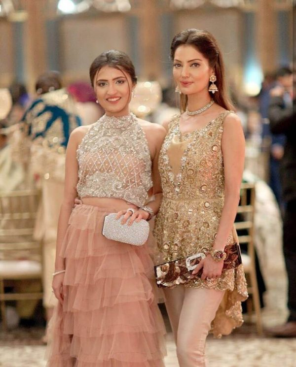 Natasha Daughter Is Schooled by Pakistanis for Her Un-Islamic Dressing