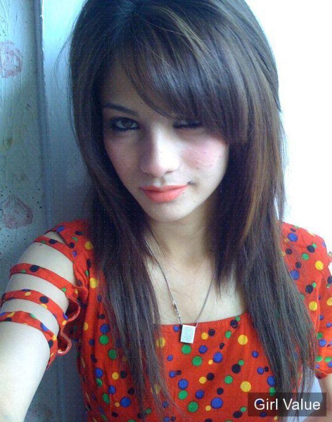 Neelam Muneer young