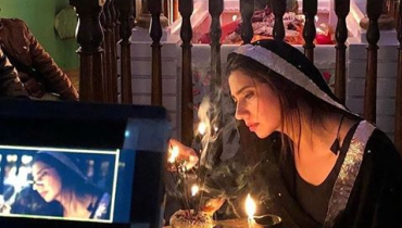 Mahira Khan New Movie Scene Will Give You Devdas Vibes