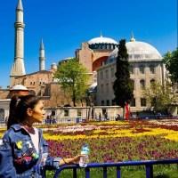 Beautiful Ayeza Khan Vacationing in Turkey