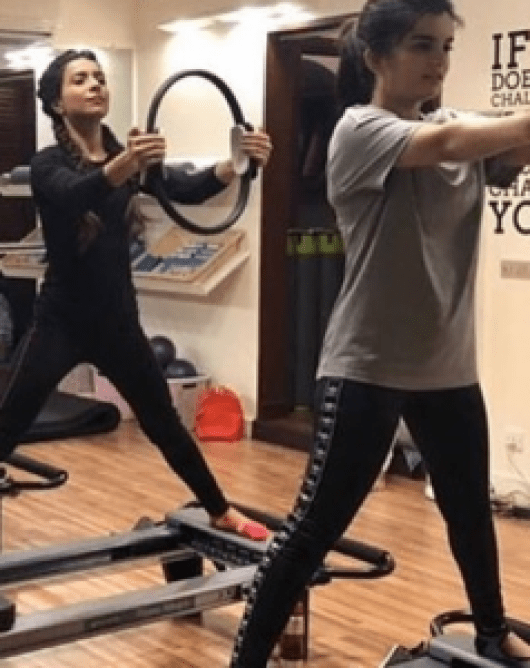 Alizey Feroze Khan Working Out In Gym With Humaima And Dua Malik