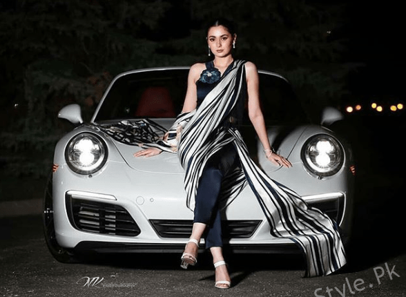 See Hania Aamir Looks Stunning in Monochrome Saree Pants