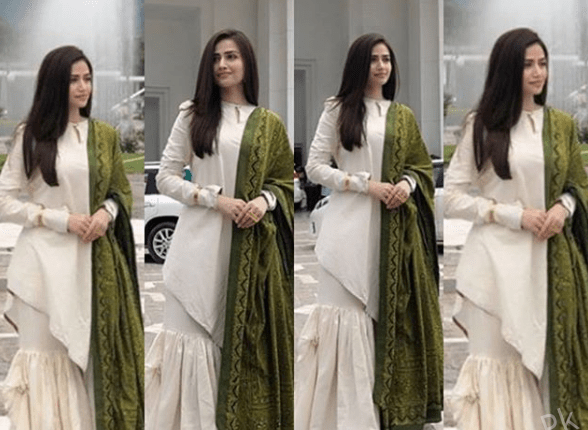 See Sana Javed at Oath Taking Ceremony of Imran Khan