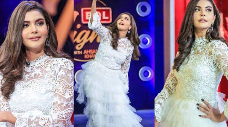 Nida Yasir From Bol Nights With Ahsan Khan Show
