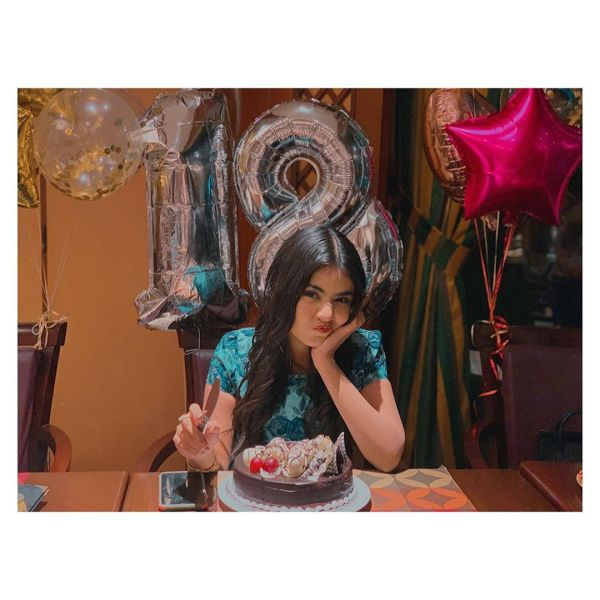 Tiktok Star Areeka Haq Celebrating her 18th Birthday