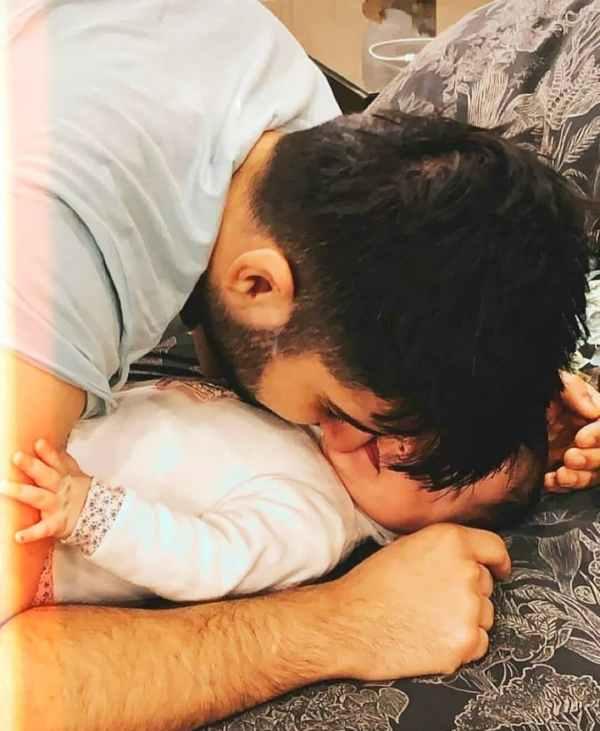 aiman khan daughter pics instagram