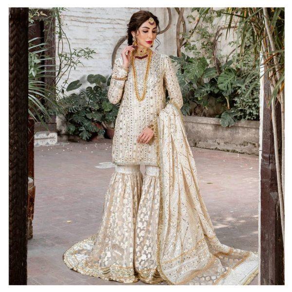 Sabeeka Imam Pakistani Bridal Photoshoot