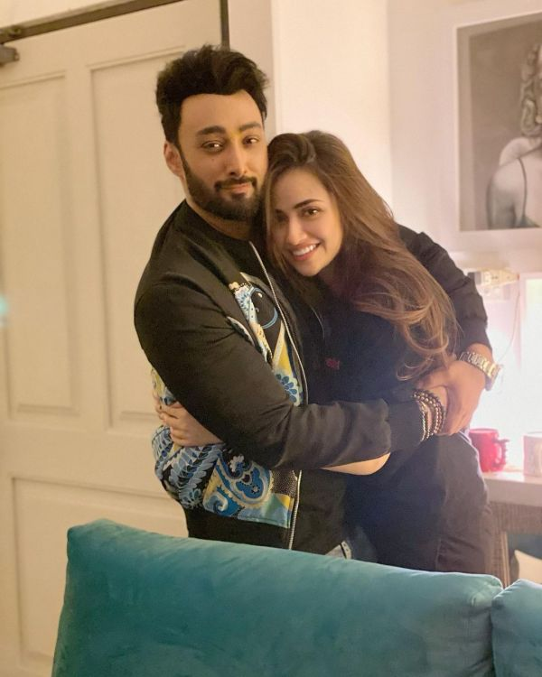 Sana Javed Wishes Umair On Birthday Romantic Picture