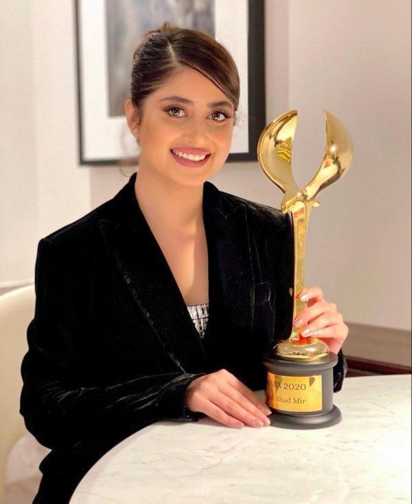 Top 5 Richest Pakistani Stunning Actresses of 2020