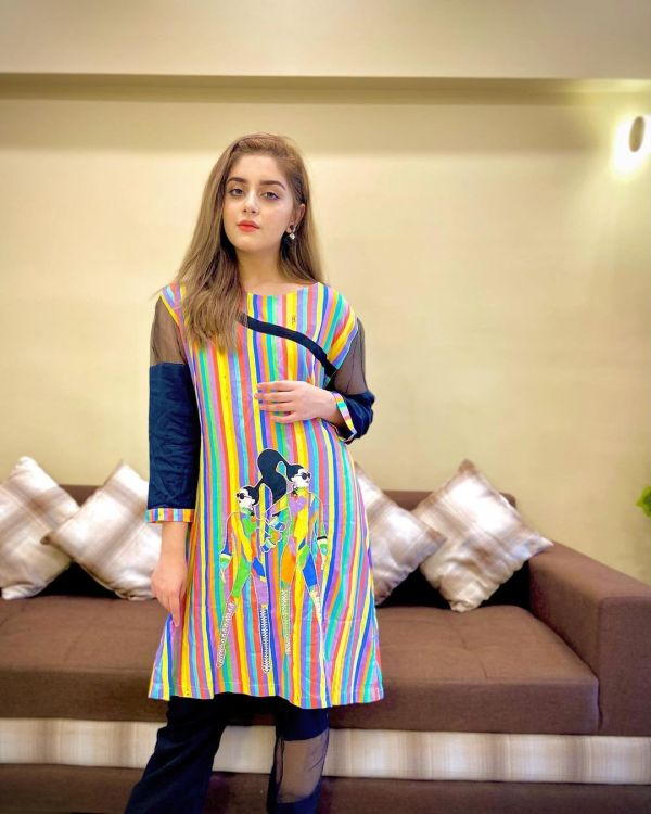 Alizeh Shah Looks Super Cute In Funky Kurta