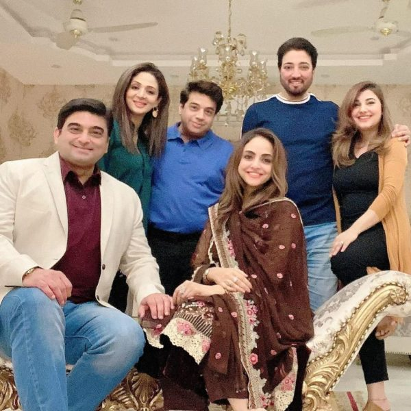 Javeria saud hosts a dinner for new couple Nadia and Faisal
