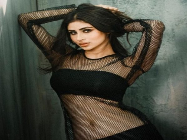 Mouni Roy looked hot in a black top and sexy metallic skirt