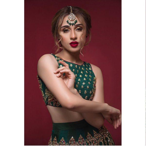 Mashal Khan pulls off Traditional Pakistani Bridal look like a Pro