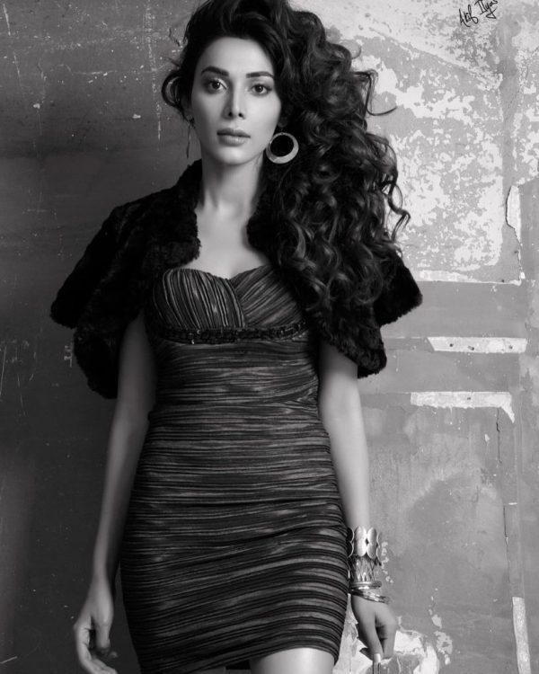 Actress Eshal Fayyaz Bold & Beautiful Shoot Styled By Akif Ilyas